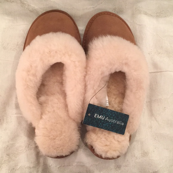 4bf2476fd7 Emu Shoes | New Sheepskin Suede Jolie Slippers Size 8 | Poshmark